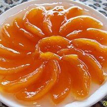 Püf noktası ile şeftali reçeli http://www.lezzetliyemeklerperisi.com/kisa-hazirlik/seftali-receli-tarifi.html