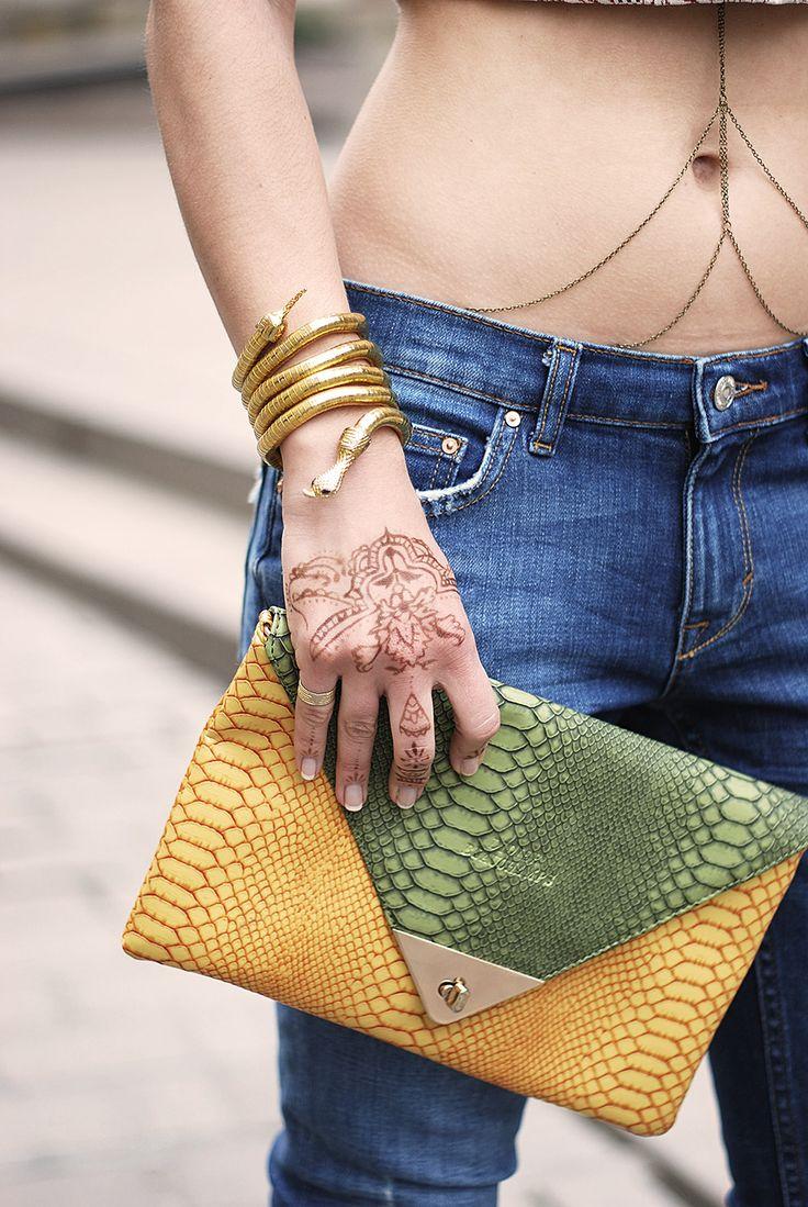 Alexandra's accesories