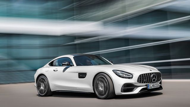 Updated 2020 Mercedes Amg Gt Debuts At L A Auto Show Motor Trend