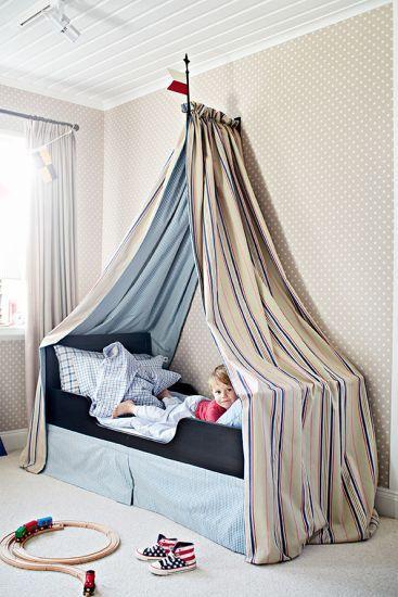 Bygg en mysig sängkoja. Built a cozy bed. Pyssel och trix | Leila Lindholm (leila.se)