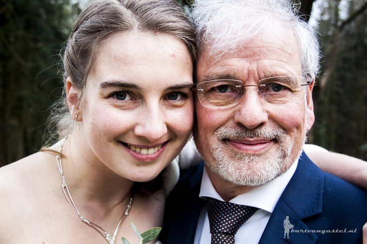 Vader en dochter https://flic.kr/p/G8RZd2 | Bruiloft Vincent & Linda | 26 februari 2016