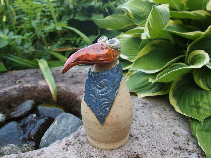 gartenfiguren lustiger keramik vogel gartenkeramik