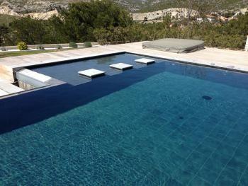 17 meilleures id es propos de piscine avec plage sur for Constructeur piscine 17
