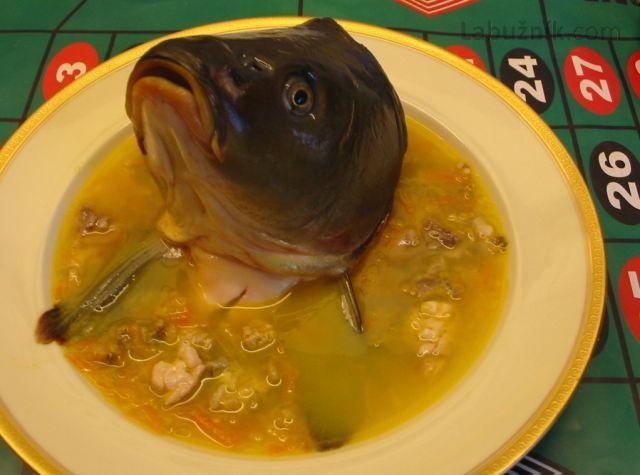 Štedrovečerní rybí polévka