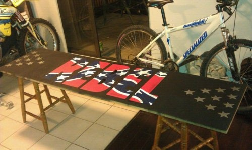haha, beer pong tableBirthday Presents, Awesome Beer, Usa Flags, Ass Beer, Kinda Tables, Country Girls, Awesome Pong, Best Tables Ev, Beer Pong Tables