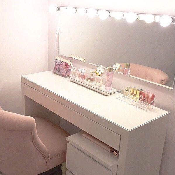 ❤️ Tocador de maquillaje sencillo y romántico