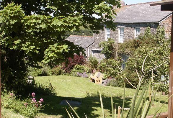 Trevorrick farmhouse garden