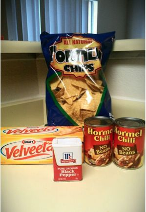 Copy Cat Recipe: Chili's Chips and Queso  OMG! gonna try tomorrow
