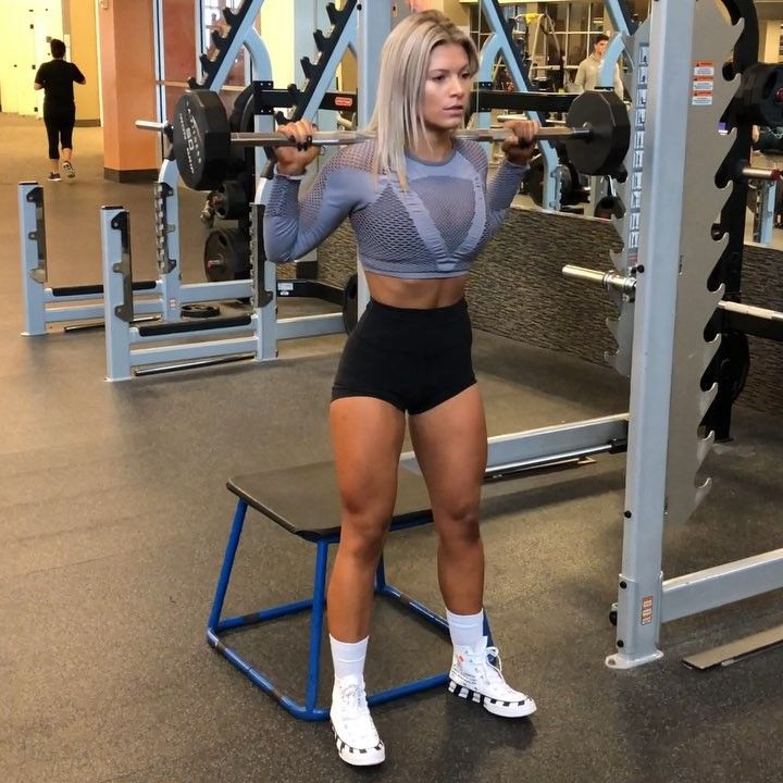 """SuzieB Fitness on Instagram: """"💪🏼LEG DAY💪🏼 These are SO ..."""