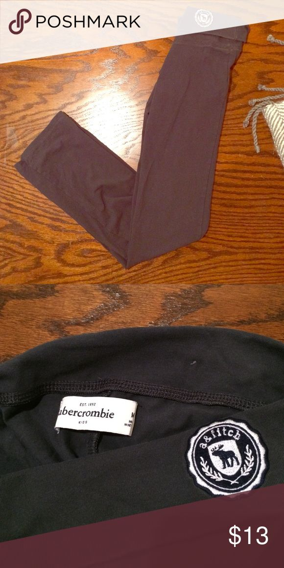 Abercrombie and Fitch leggings These are  Abercrombie and Fitch leggings. The size is a kids medium. The color is navy blue. Has Abercrombie and Fitch logo on the hip. The leggings are in excellent, like new condition. Retails in Abercrombie store for $39.95. Abercrombie & Fitch Bottoms Leggings