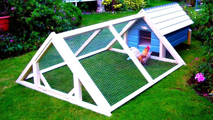 Best 25 cheap chicken coops ideas on pinterest chicken for How to build a chicken pen cheap