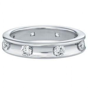 ヴォアラ・リング - Harry Winston(ハリー・ウィンストン)の結婚指輪(マリッジリング)