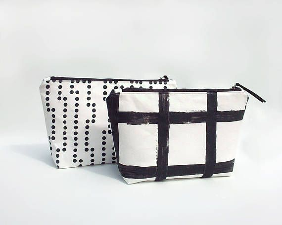 Minimalist makeup bag / Waterproof travel pouch / Large