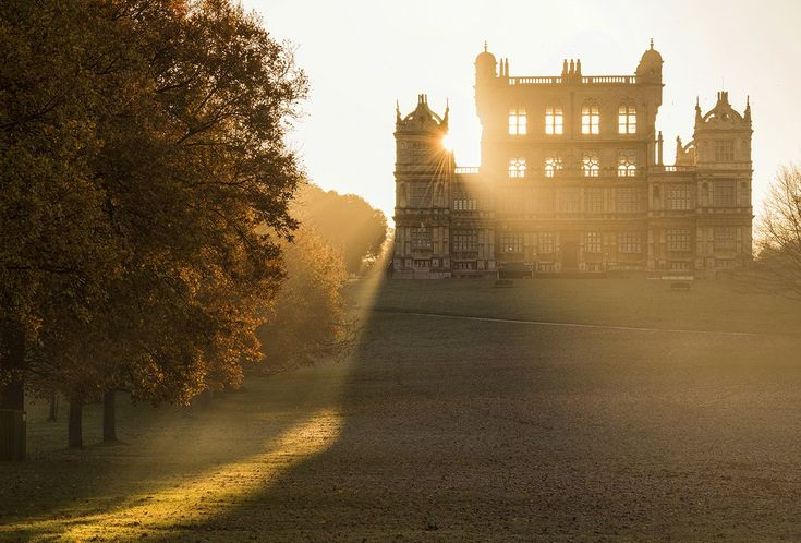 Wollaton Hall, Nottingham, on a cold crisp autumn morning - Tracey Whitefoot @TraceyWhitefoot