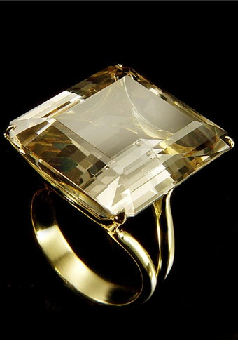 Ring |  H. Stern.  Citrine and 18K Yellow Gold. Beautiful shade of citrine.