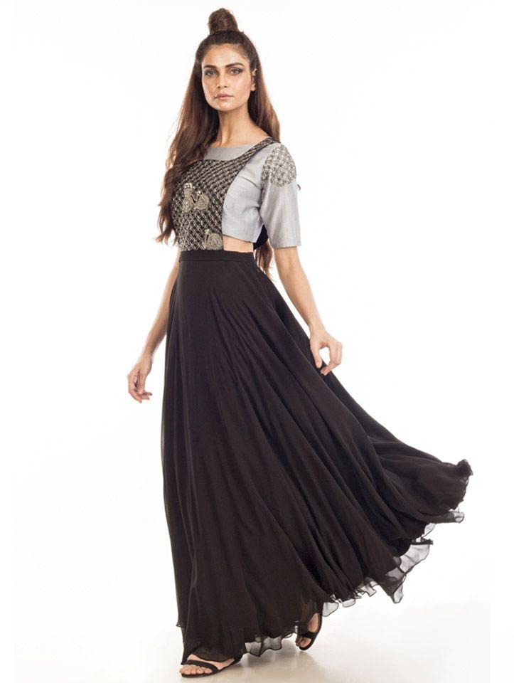 Contemporary look Eclat by Prerika Jain  #India #Fashion #Wedding #Indianwedding #Indianfashion #festivewear