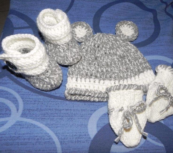 Scarponcini, muffole e cappellino per beb� da 2 a 6 mesi circa