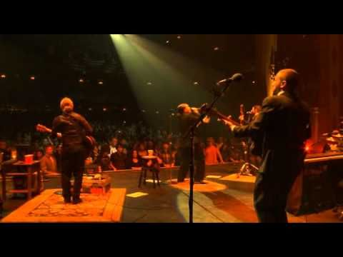 Shinedown - Sound Of Madness Live From Kansas City   Watch the intro before the video.