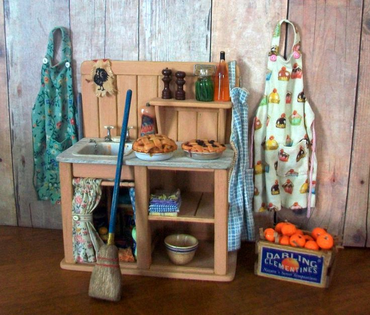 Marquis Miniatures: 32 Best Rustic Dollhouse Furnishings Images On Pinterest