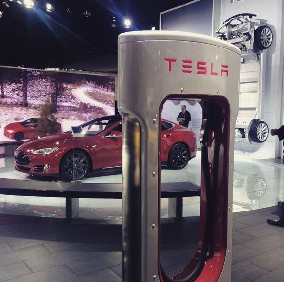 Imagine Charging Tesla Motors, Inc.'s Model S in Just 5 Minutes (TSLA)