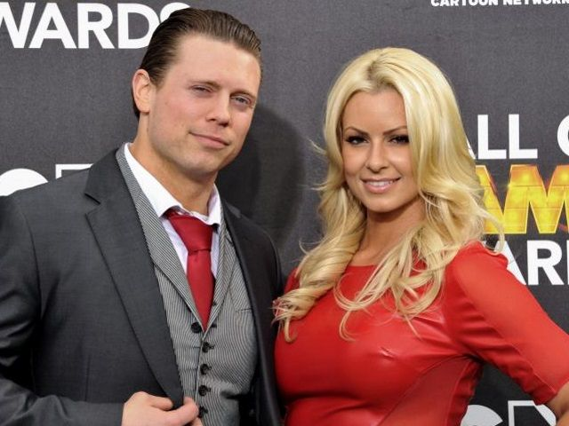 Maryse Oullet The Miz Michael Gregory Mizanin Perhaps One Of The Most Famous Wrestling Couples Out There These Two Ca The Miz And Maryse Wwe Pro Wrestling