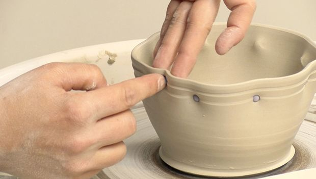 Best 25 clay pinch pots ideas on pinterest pottery for Ceramic mural making