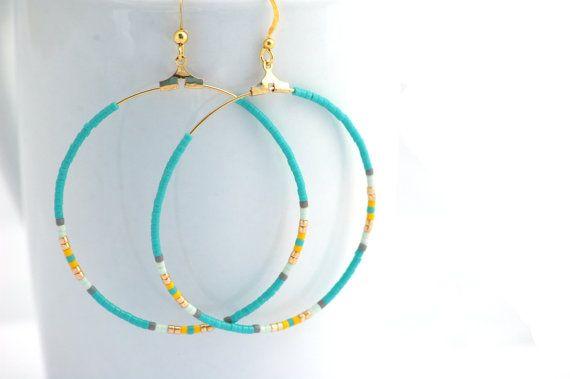 Boucles d'oreilles créoles métal doré - Perles miyuki turquoise et dorées