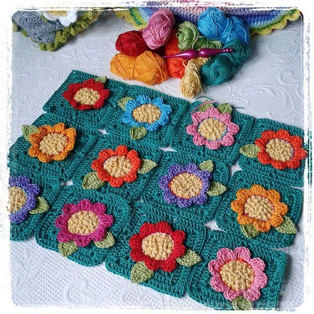 Crazy Daisy Blanket - crochet pattern coming soon...