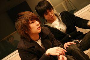 左:Vocal&Guiter 斎藤宏介 右:Bass 田淵智也