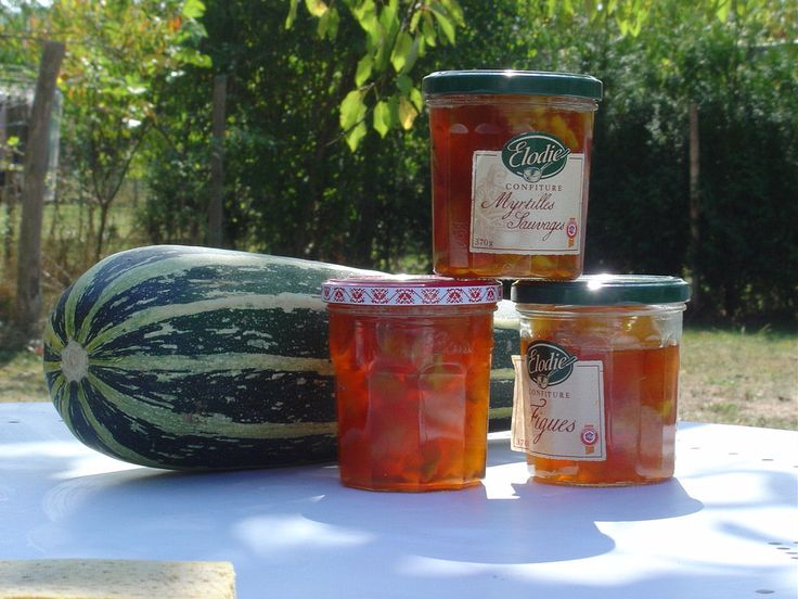 How to make Marrow and Ginger jam - Note to self: Use this recipe.