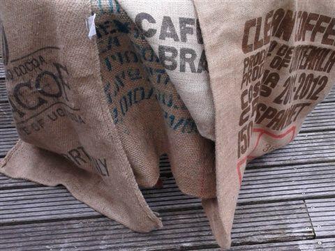 diverse jute koffiezakken www.moonionline.nl