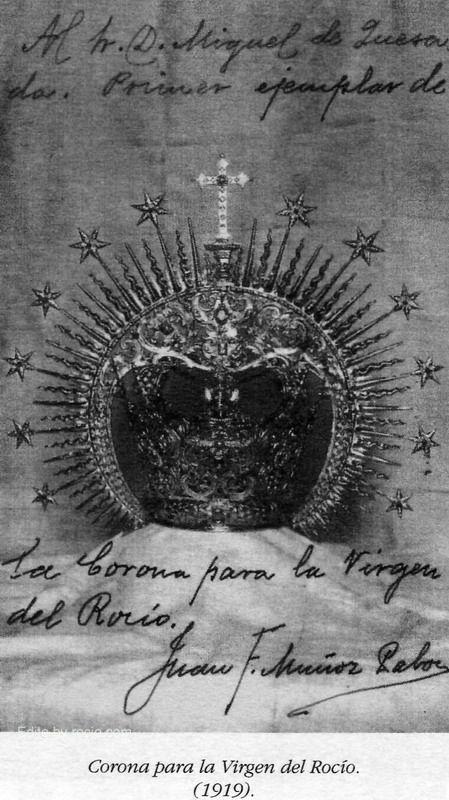 """La Corona de la #BlancaPaloma """"… El Rocío se acerca, y estoy en movimiento continuo…! Hasta de guardia al pie del cincelador, y cincelando yo mismo, si ha de estar la corona a su debido tiempo.  Sevilla 20-V-1919 Juan F. Muñoz y Pabón"""""""
