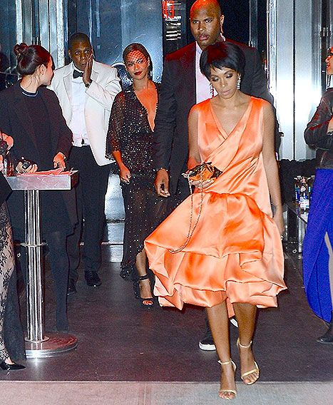 Funny memes.....Solange Fights Jay Z in Elevator: Internet Reactions, Memes, and More - Us Weekly