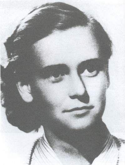 Tóth Ilonka (Cinkota, 1932. október 23. – Budapest, 1957. június 26.)