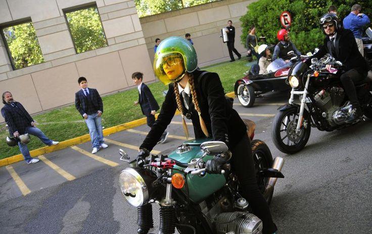 #Motoristas elegantes se unen en Chile a campaña contra el cáncer de próstata - Noticias SIN - Servicios Informativos Nacionales: Noticias…