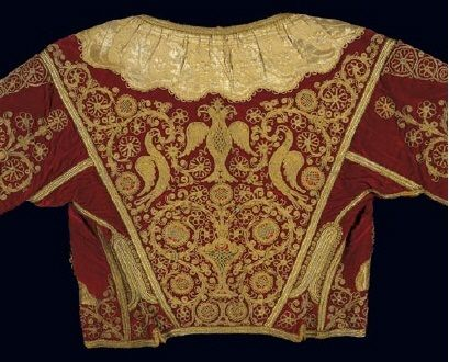 Velvet kondogouni (a kind of vest) with gold-thread embroidery: floral patterns, birds and a double-headed eagle. From Corfu in the Ionian islands. 19th-c. @ Benaki Museum