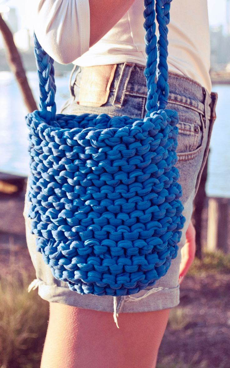 Yarn Knitted Bag | Beachside Bag by Annasophie Lee for We Are Knitters, DIY Knitting Kits