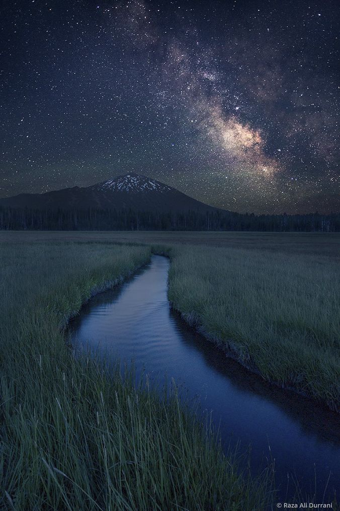 Mount Bachelor Milky Way. thk::::::::Mount Bachelor ski area is a ski resort located in central Oregon, approximately 22 miles west of Bend, at the end of Century Drive Highway. Wikipedia