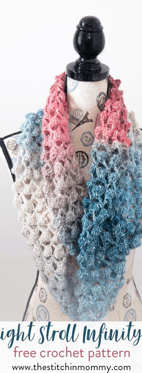 Moonlight Stroll Infinity Scarf - Free Crochet Pattern - Scarf of the Month Club hosted by The Stitchin' Mommy and Oombawka Design   www.thestitchinmommy.com #ScarfoftheMonthClub2017