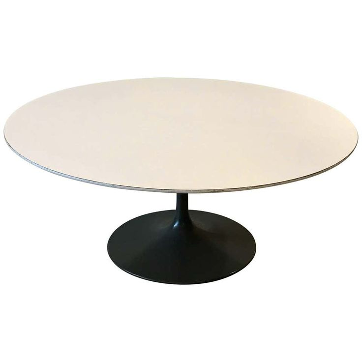 Early tulip base round coffee table by eero saarinen for
