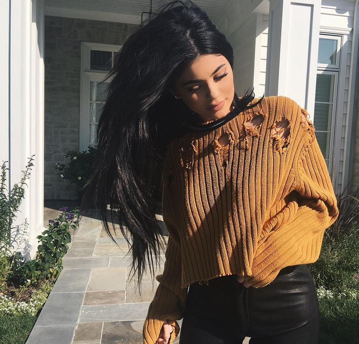 EdgeOfMyMelissa Melly Mom Liked, Mia Comment   Latinoamerica