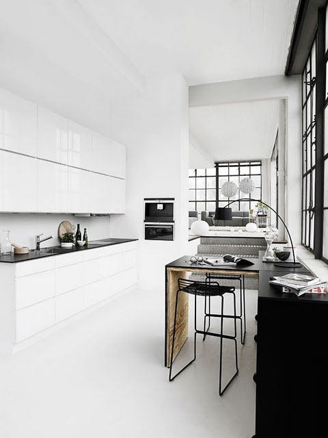 All white, Tout blanc, kitchen, dining room. I love the table for two!