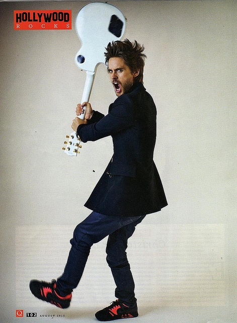 Play hard--30 Seconds to Mars