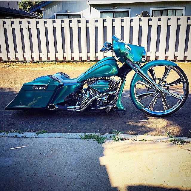#bagger#baggers#touring#custom#harley#davidson#chopper#bobber#roadking#streetglide#roadglide#roadking#softail#fatboy#deluxe#rocker#dyna#streetbob#s8mc#section8mc