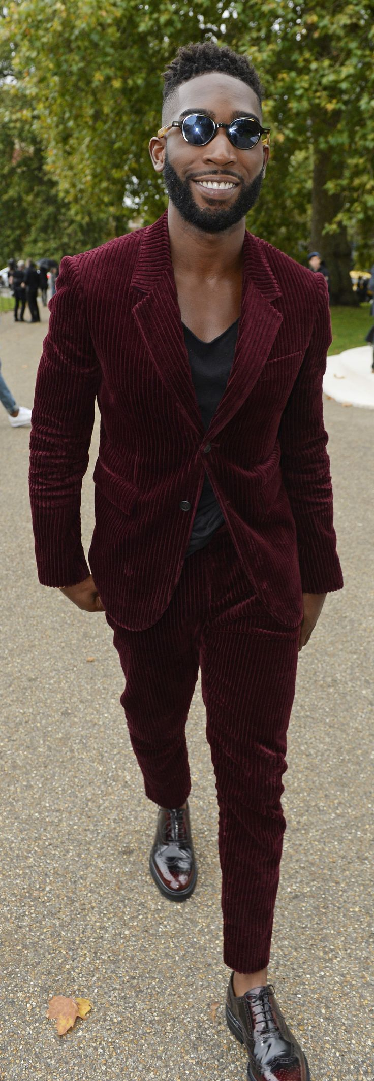 Tinie Tempah wearing Burberry tailoring outside the S/S16 showspace