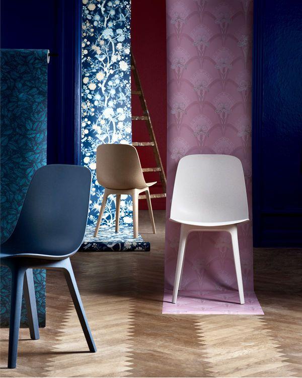 IKEA ODGER stol er laget av tre og resirkulert plast og er et miljøvennlig valg. Den er komfortabel å sitte på, takket være det skålformede setet og den avrundede seteryggen.
