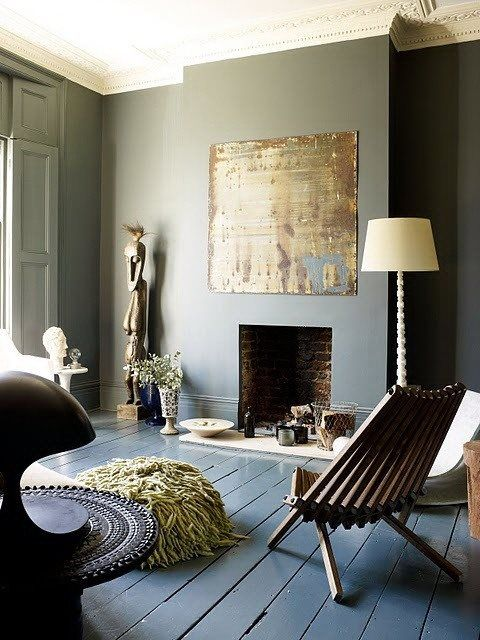 Get the look, CHALK PAINT™ Chateau Grey on walls! and Aubusson Blue for the floor!! For floors protect the paint with Annie Sloan mate varnish! Cinteriors.dk https://sphotos-b.xx.fbcdn.net/hphotos-ash4/488143_558345814183350_716628000_n.jpg