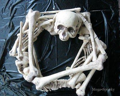 DIY Skeleton wreath - halloween decoration