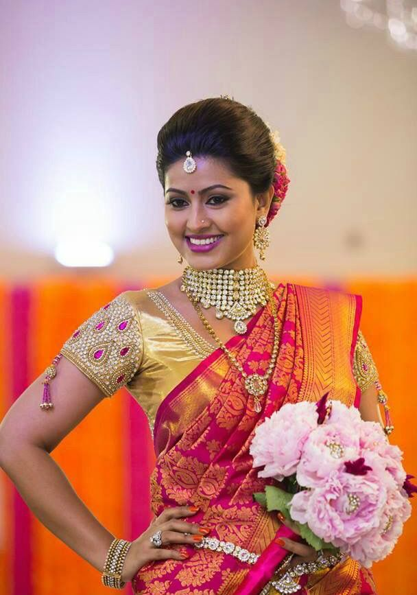 Sneha dons the South Indian look