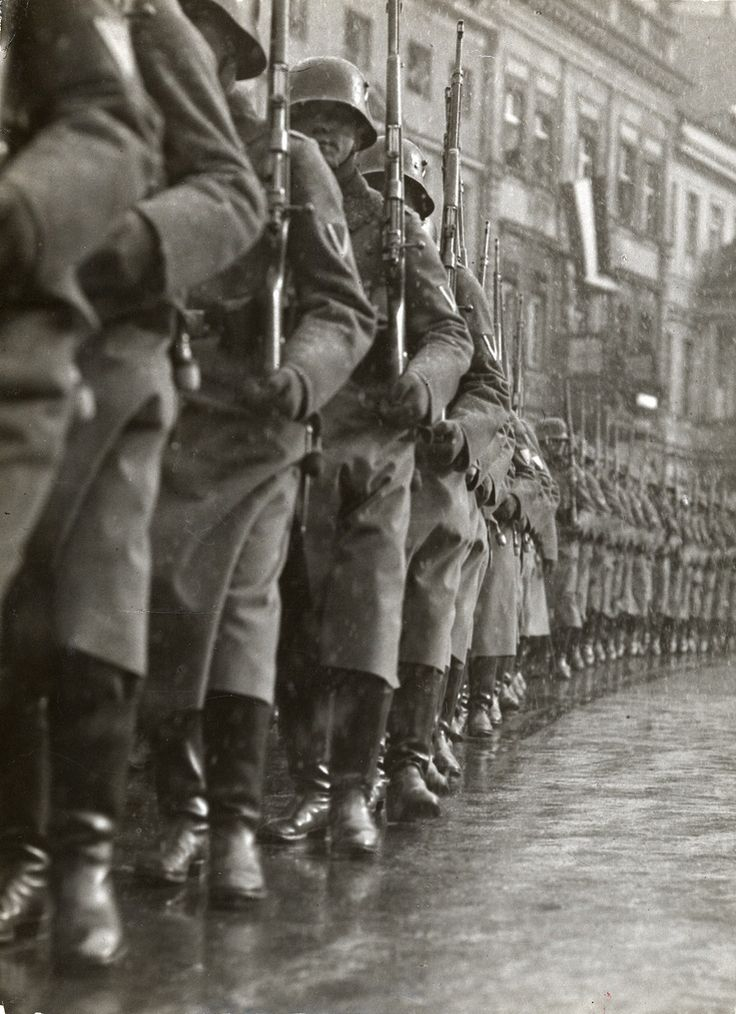 The German Army marches out. Potsdam, 1933.